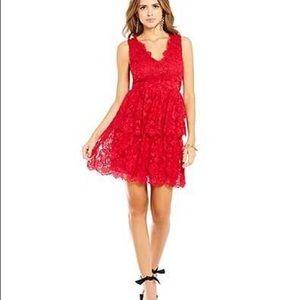 Bella V-Neck Sleeveless Tiered Lace Dress